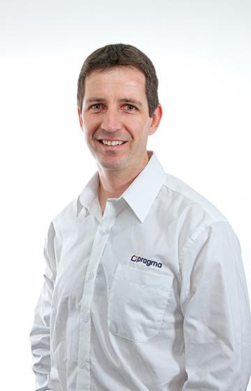 Pieter van Heerden, Associate Consultant